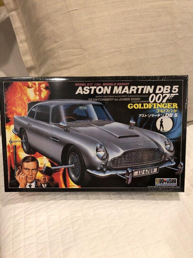 Doyusha 1 24 Aston Martin DB 5 007 Goldfinger NIB in Kunststoff versiegelt