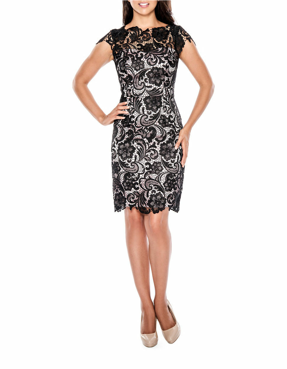 NEW DECODE 1.8 Scalloped Lace Sheath Dress Size 8