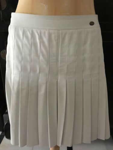 RARE CHANEL WHITE PLEATED LEATHER SKIRT