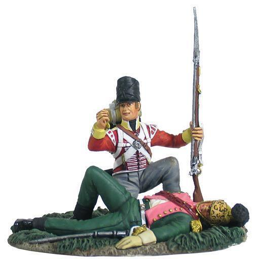 W Britain British 44th Foot Light Company Looting French Officer