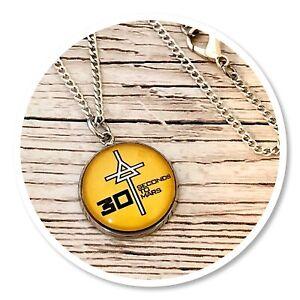 *30 seconds to mars* Echelon 3STM round necklace Triad yellow