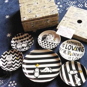 SNOOPY-Peanuts-Monotone-Pattern-Porcelain-Dinner-Plates-set-of-5