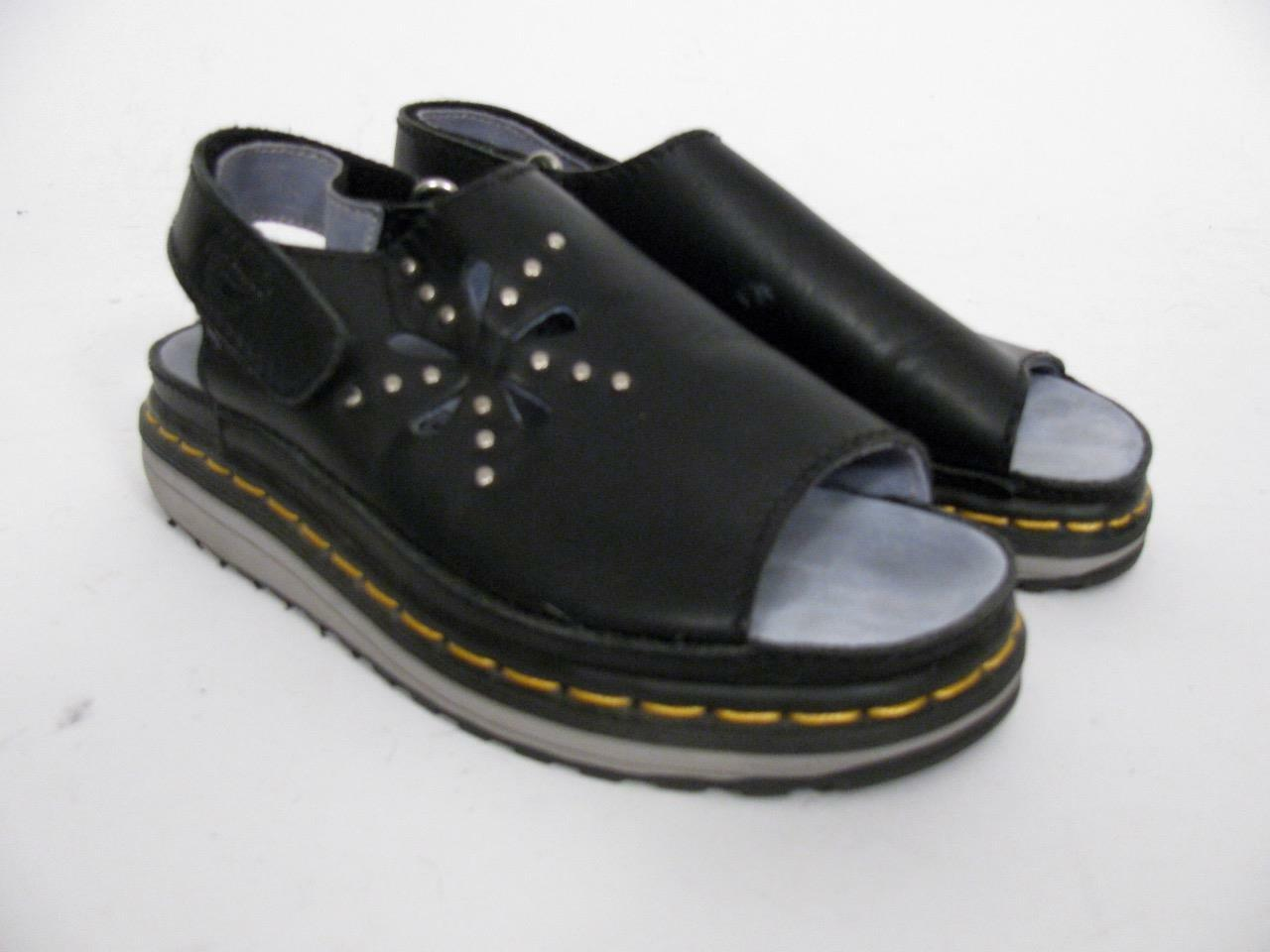DR MARTENS DOC AIRWAIR SANDAL BLACK SLINGBACK LEATHER STUD DAISY CUTOUT SLINGBACK BLACK Schuhe6 0d3cdb