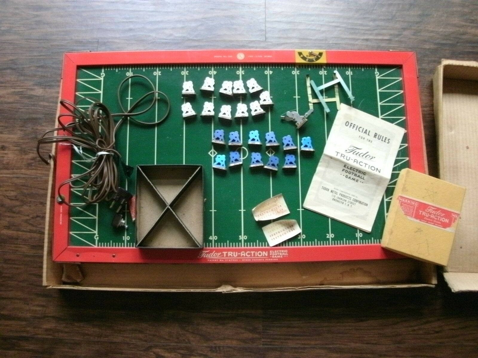 VINTAGE 1949 TUDON-TRU-ACTION  ELECTRIC FOOTBALL GAME GAME GAME 3eccf3