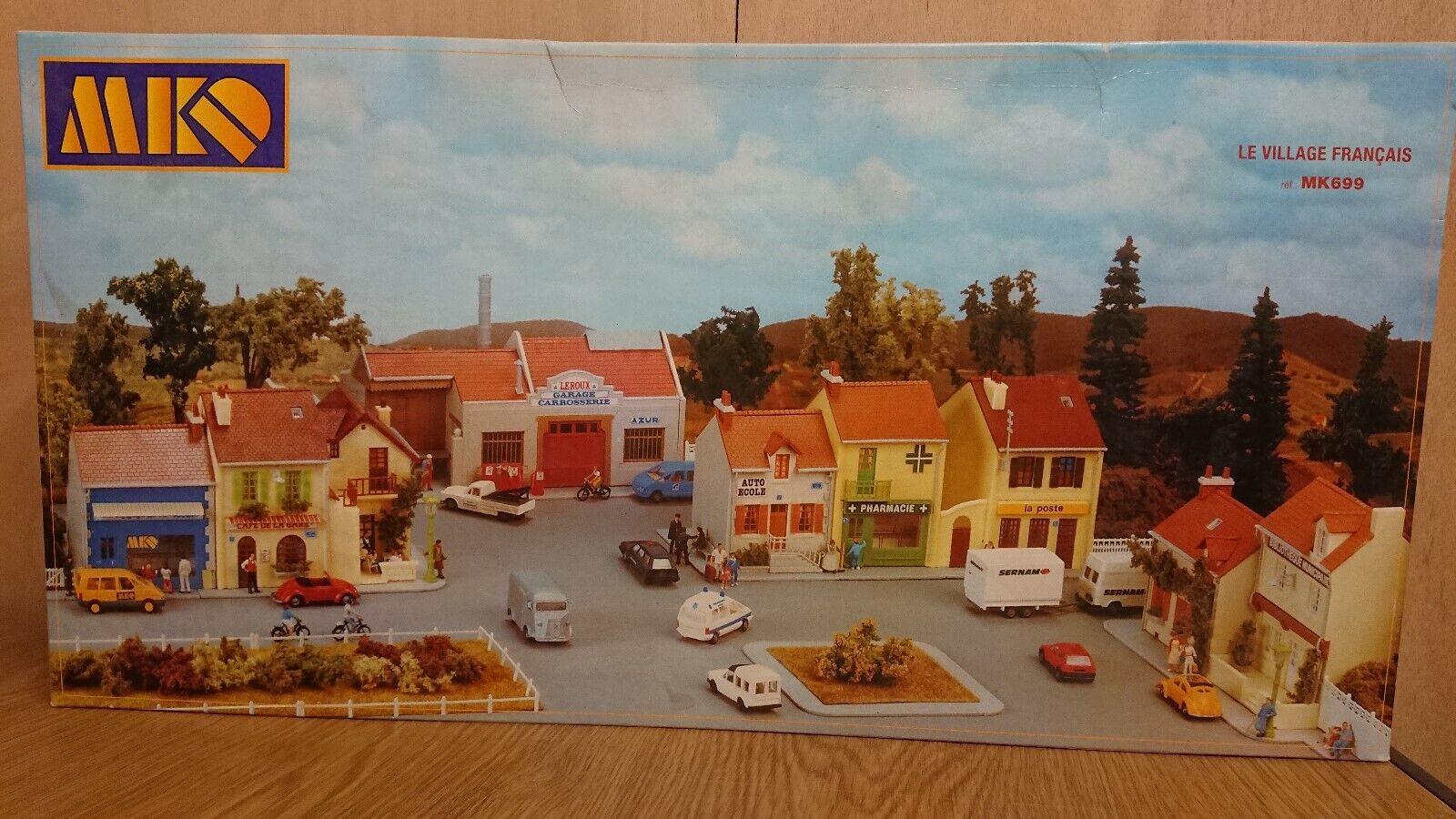 RARE MKD MK699 HO Gauge 1 87 French Village Buildings set in Kit form NEW