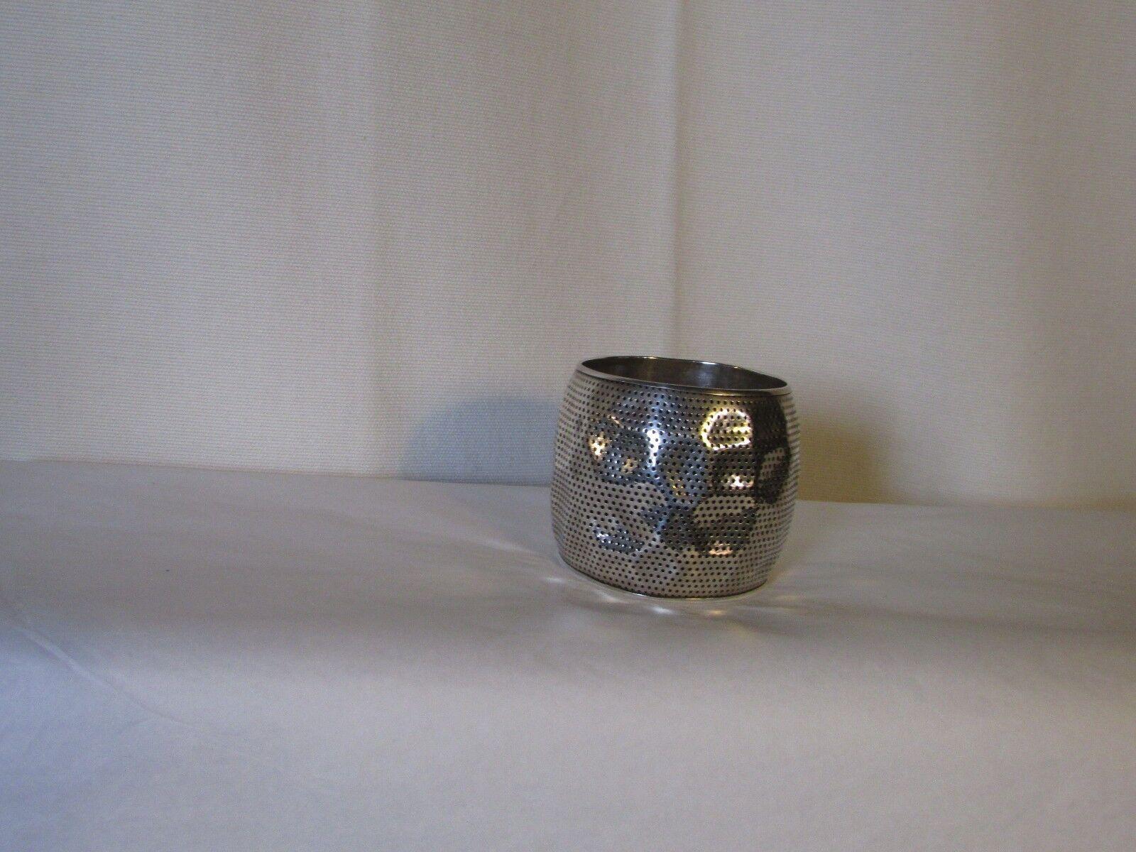 Bracelet manchette GAS métal silveré martelé ajouré