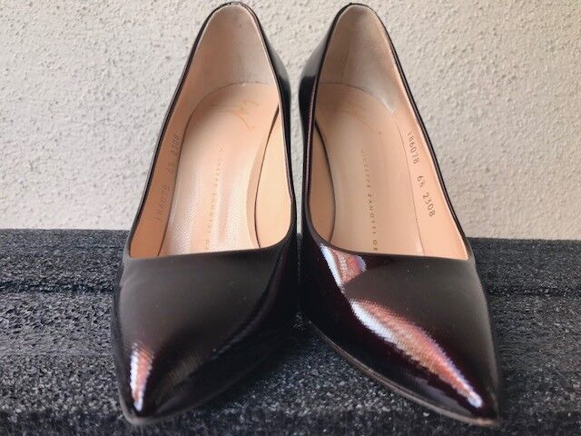 GIUSEPPE ZANOTTI POINTY-TOE PATENT LEATHER PUMPS IN BORDEAUX SIZE 6.5