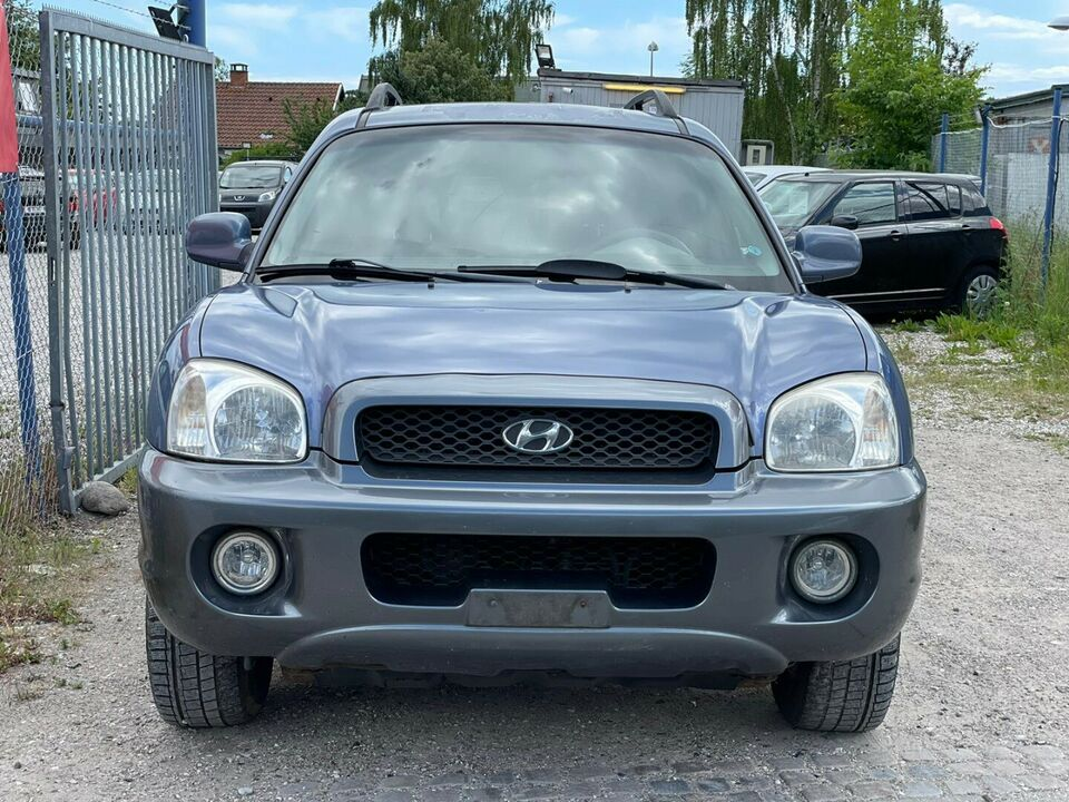 Hyundai Santa Fe 2,7 V6 aut. Van Benzin aut. Automatgear
