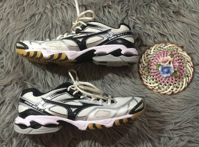 d237ba2c4768 ... mizuno bolt volleyball shoes Mizuno Women\u0027s Wave ...
