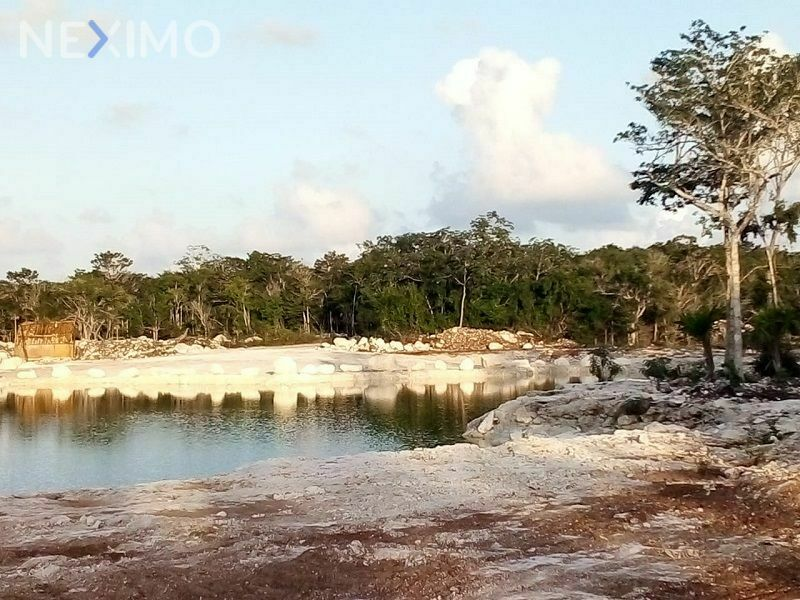 En venta lote residencial con extensas áreas verdes en Cancún