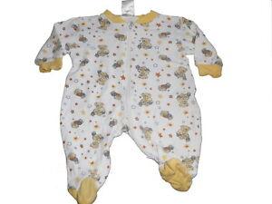Baby-Butt-toller-Schlafanzug-Gr-50-56-weiss-gelb-mit-Baerchen-Motiven