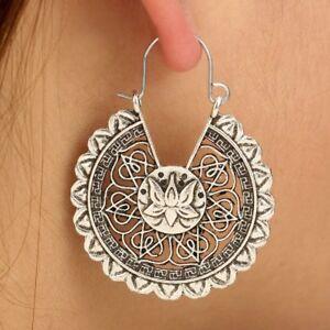 Gipsy-Hippie-Design-Lotus-Bluete-Ohrringe-Ohrhaenger-Creolen-Silber-plattiert