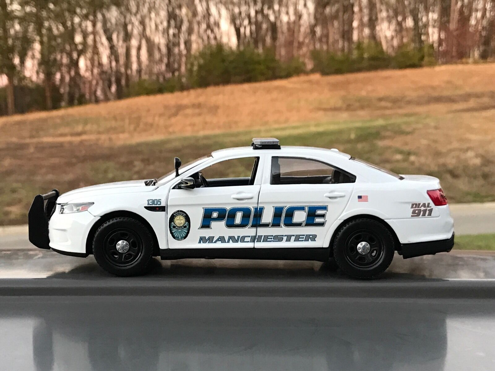 Manchester Tennessee Police Department diecast car Motormax 1 24 scale Taurus