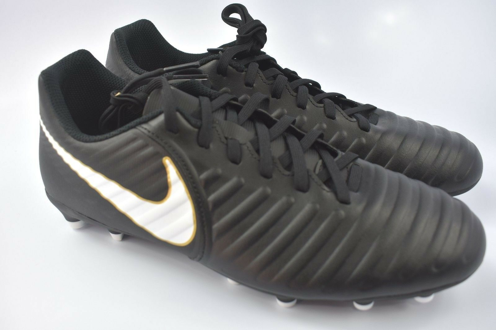 Nike Tiempo RIO IV FG Soccer Cleats Mens size 8 Black White 897759 002 Special limited time