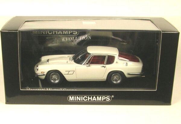 Très, la surprise vous attend Maserati Mistral Coupé (créme blancheur) 1963   Réduction