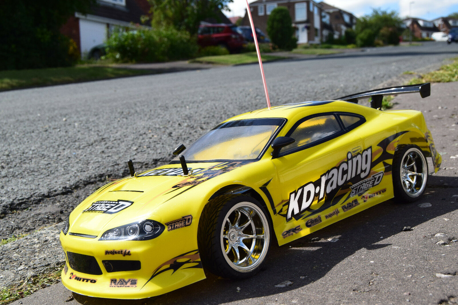 Nissan Skyline Radio Remote Control Car 1 10 Rechargeable KD Racing Car 20mph