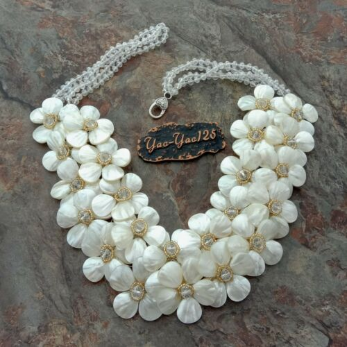 """18/"""" Blanc Coquille Fleur Cristal Statement Collier"""