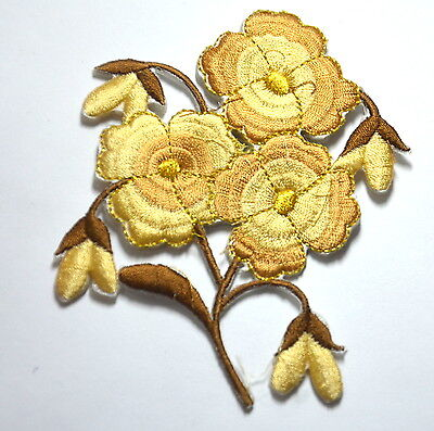 PRIMROSE PRIMULA FLOWER Embroidered Sew Iron On Cloth Patch Badge APPLIQUE