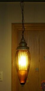 Vintage-1950s-60s-Era-MCM-Electric-Hanging-Swag-Lamp-W-Amber-Glass-Shade