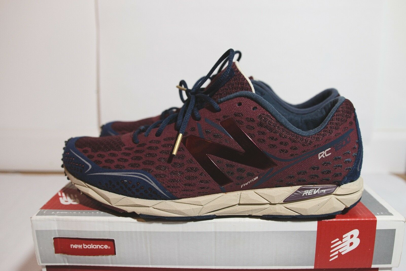New Balance Men's Running Sneakers 9.5 and size 9 Maroon Burgundy Red bluee