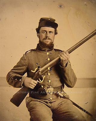 CIVIL WAR CONFEDERATE SOLDIER VINTAGE PHOTO IN UNION UNIFORM #21345