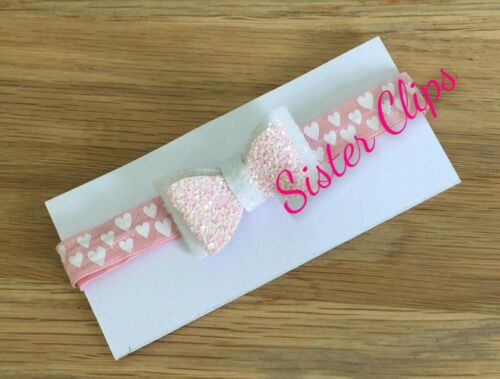 Baby 0-3 months glitter white pink /& white bow on pink heart Elastic headband