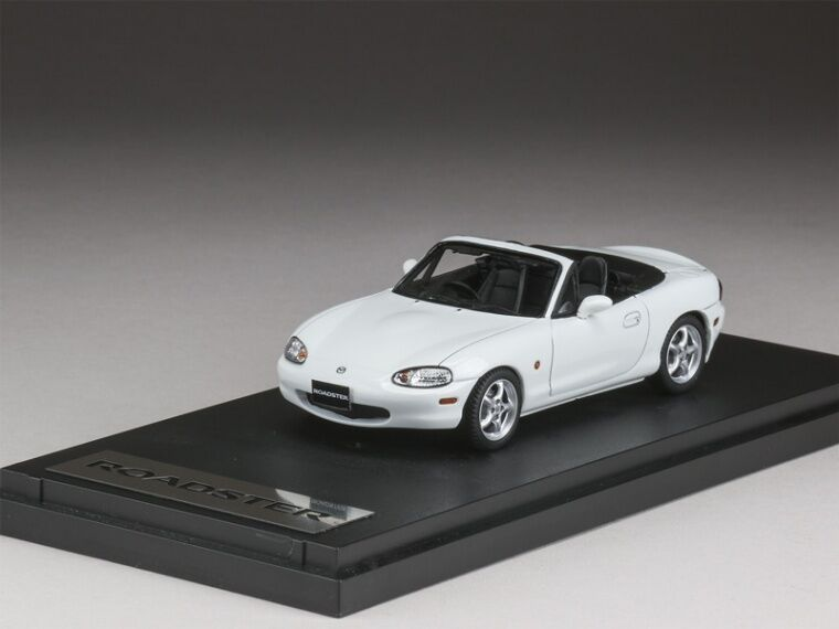 MARK43 PM4325AW 1 43 Mazda Roadster NB8C RS 1998 just Weiß