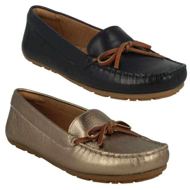 f0d6fc0964b2 LADIES CLARKS LEATHER BOW FRONT SLIP ON MOCCASIN SHOES SIZE PUMPS DAMEO  SWING