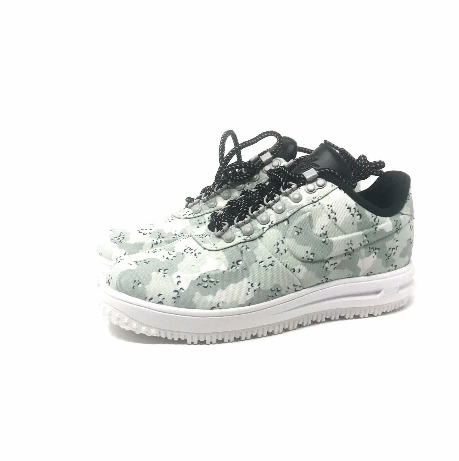 Nike lF1 Duckboot Low Air Force 1 Sneakers AA1125 003 Size 10.  Free Shipping