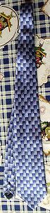 Cravatta-uomo-marca-Trussardi-blu-azzurra-seta-moda-chic-man-tie-Made-in-Italy