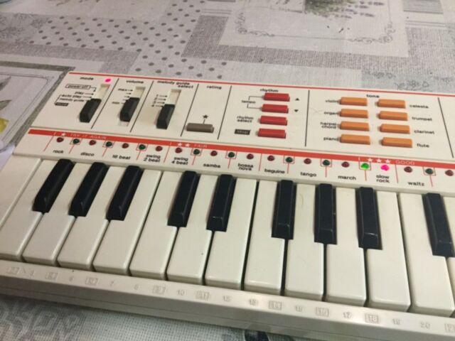 Casio PT-82 - Mini Synthesizer Keyboard  - Vintage