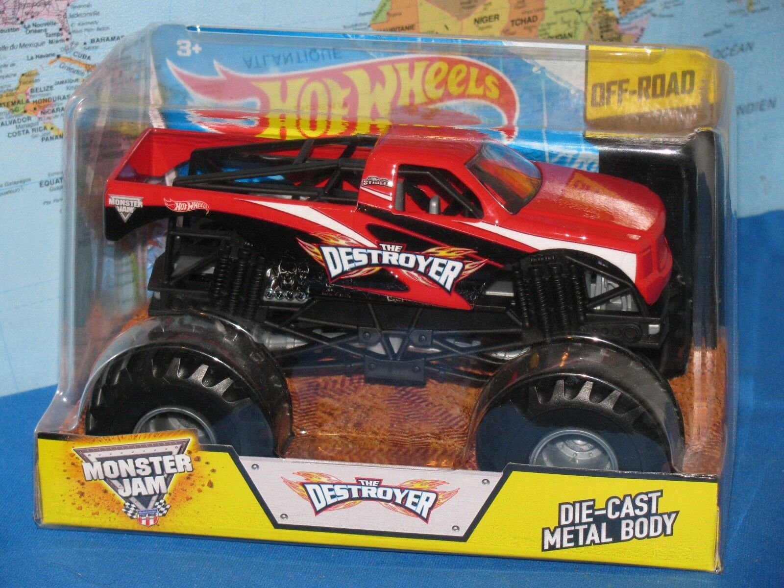 1 24 Hot Wheels Confiture de Monstre The Destroyer Camion