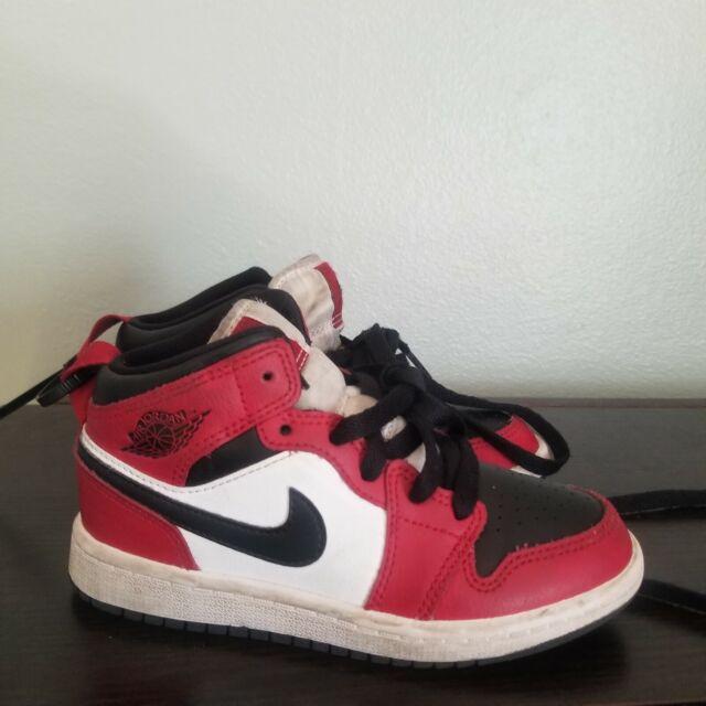 Nike Air Jordan Retro 1 Mid Chicago PS Size 2y Black Toe 640734 069