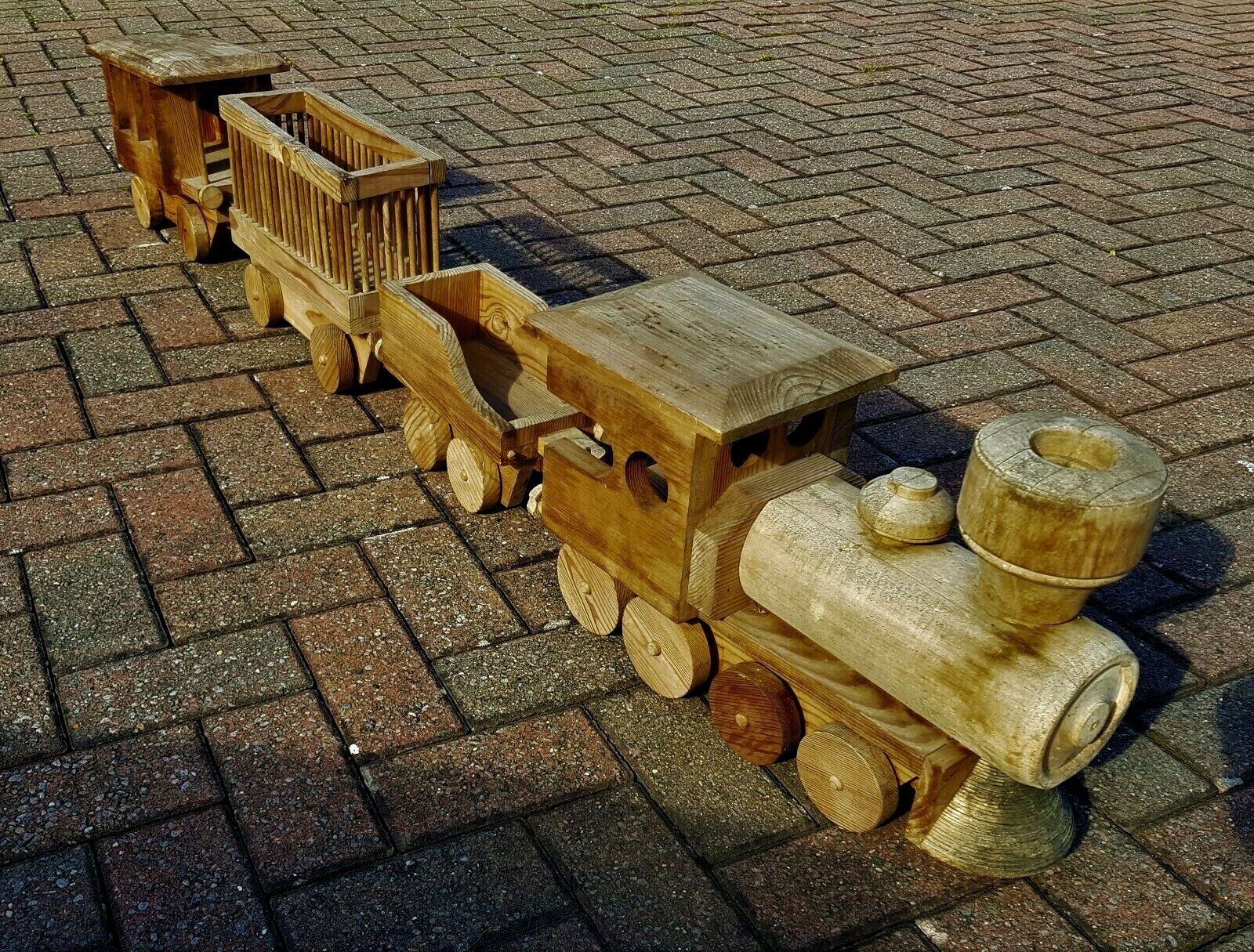 Vintage Wooden Handmade Toy Train Engine Carriage Home Decor Over 180 cm   71''