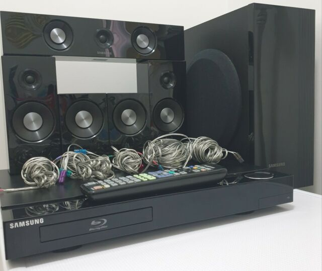 SAMSUNG HT-C5500 5.1 Channel Home Theater System w/ Blu-ray DVD Player - Remote