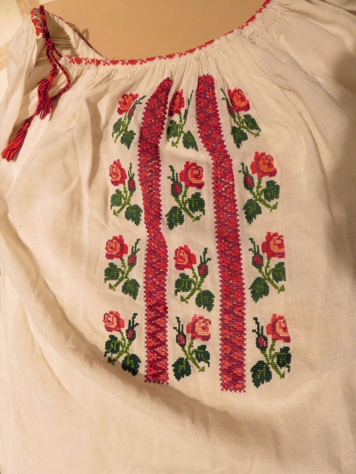 NM Antique  Ukrainian or Romanian  Folk Hand Embr… - image 3