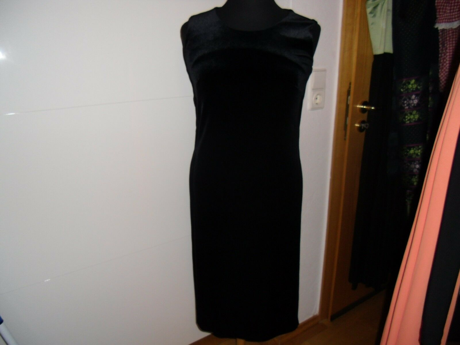Neues sehr elegantes traumhaftes schwarzes Samt-Strass-Kleid   Tunika Gr. 38