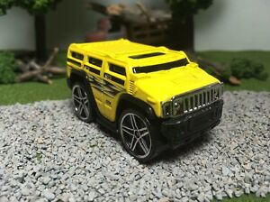Hot-Wheels-CUSTOM-WHEEL-SWAP-Yellow-Hummer-H2-Blings
