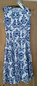 Tanzkleid-Petticoat-weiss-blau-Tellerrock-Rockabilly-vintage-36-38-M-Sommer