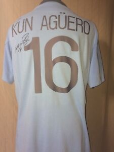 big sale 8b171 f94e3 Details about Manchester City 16 Shirt Signed By Sergio Kun Aguero With  Letter Of Guarantee