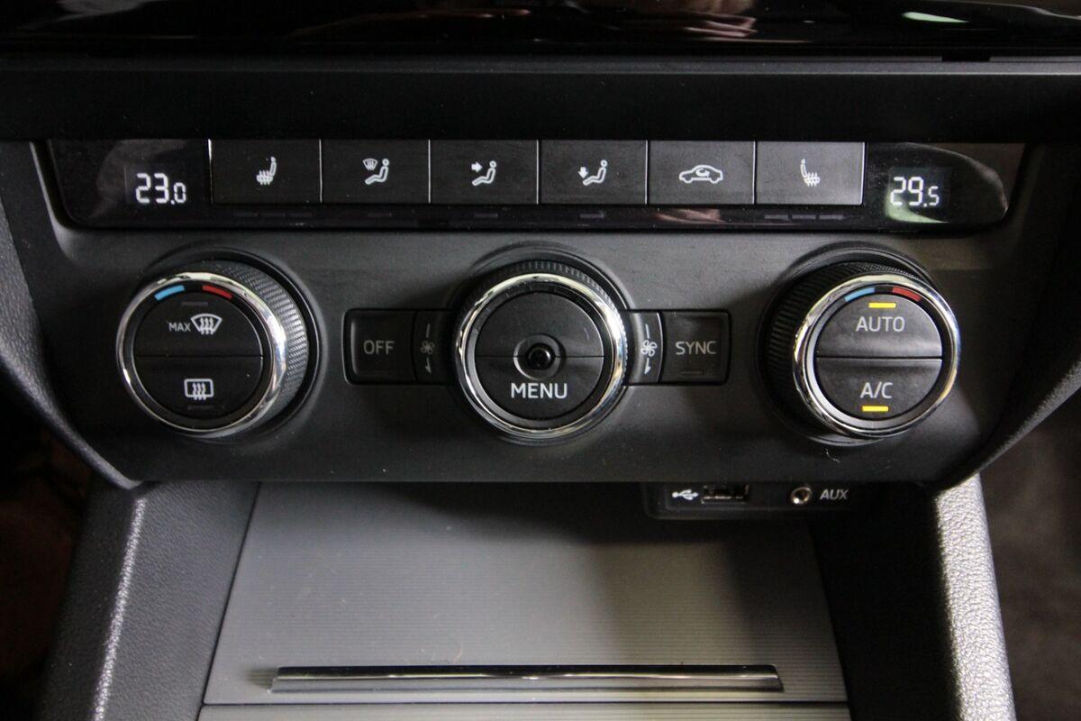 Skoda Octavia 2,0 TDi 150 Style Combi DSG Van