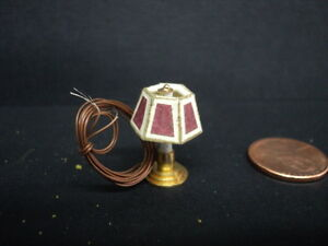 DOLLHOUSE LAMP/ BRASS BASE W/ RED SHADE/ 1:24TH SCALE