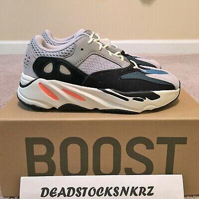 Yeezy Boost 700 Wave Runner Kids Size 1.5