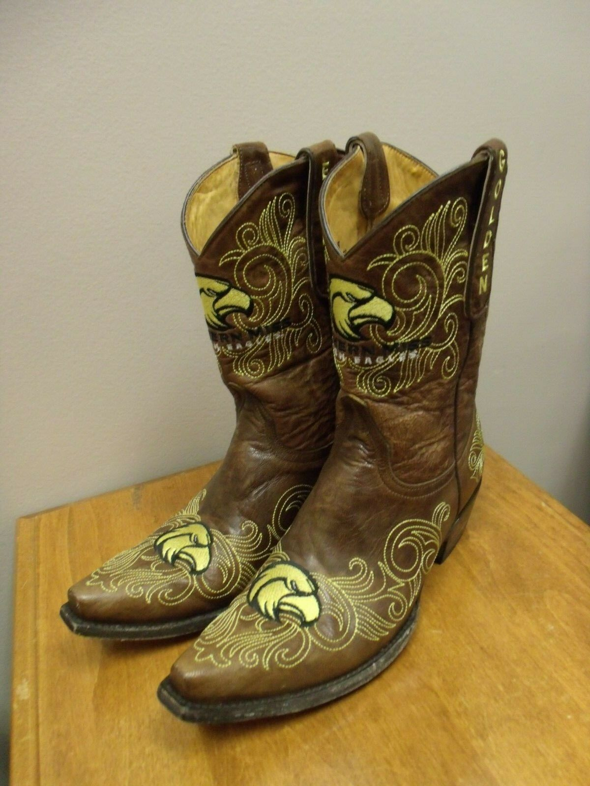UNIVERSITY OF SOUTHERN MISSISSIPPI GAMEDAY COWGIRL BOOTS WOMENS SIZE 9 B