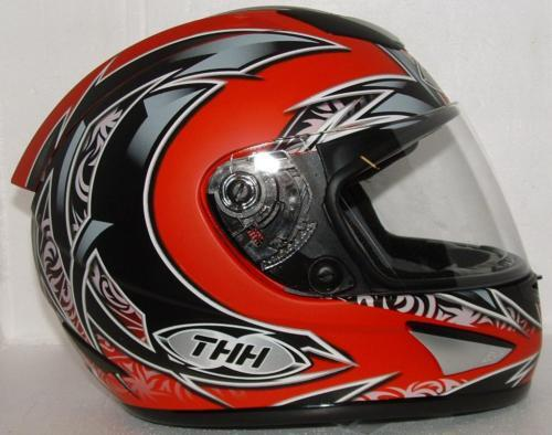 THH STREET MOTORCYCLE HELMET TS41 RED BLACK MEDIUM