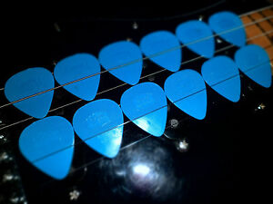 Herdim-Picks-Blue-Old-One-12x-Used-by-U2-the-Edge-Worldwide-Shipping-Free