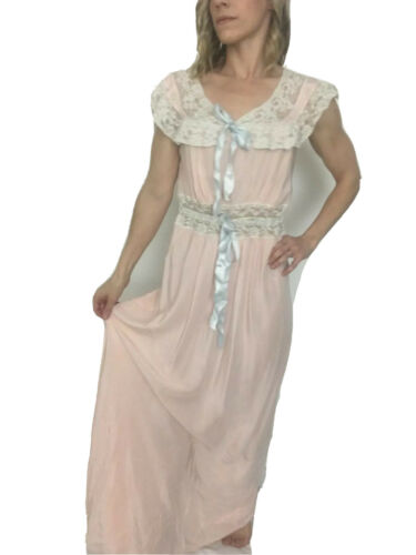 RADCLIFFE 40s Vintage Silk Peignoir Nightgown Lace