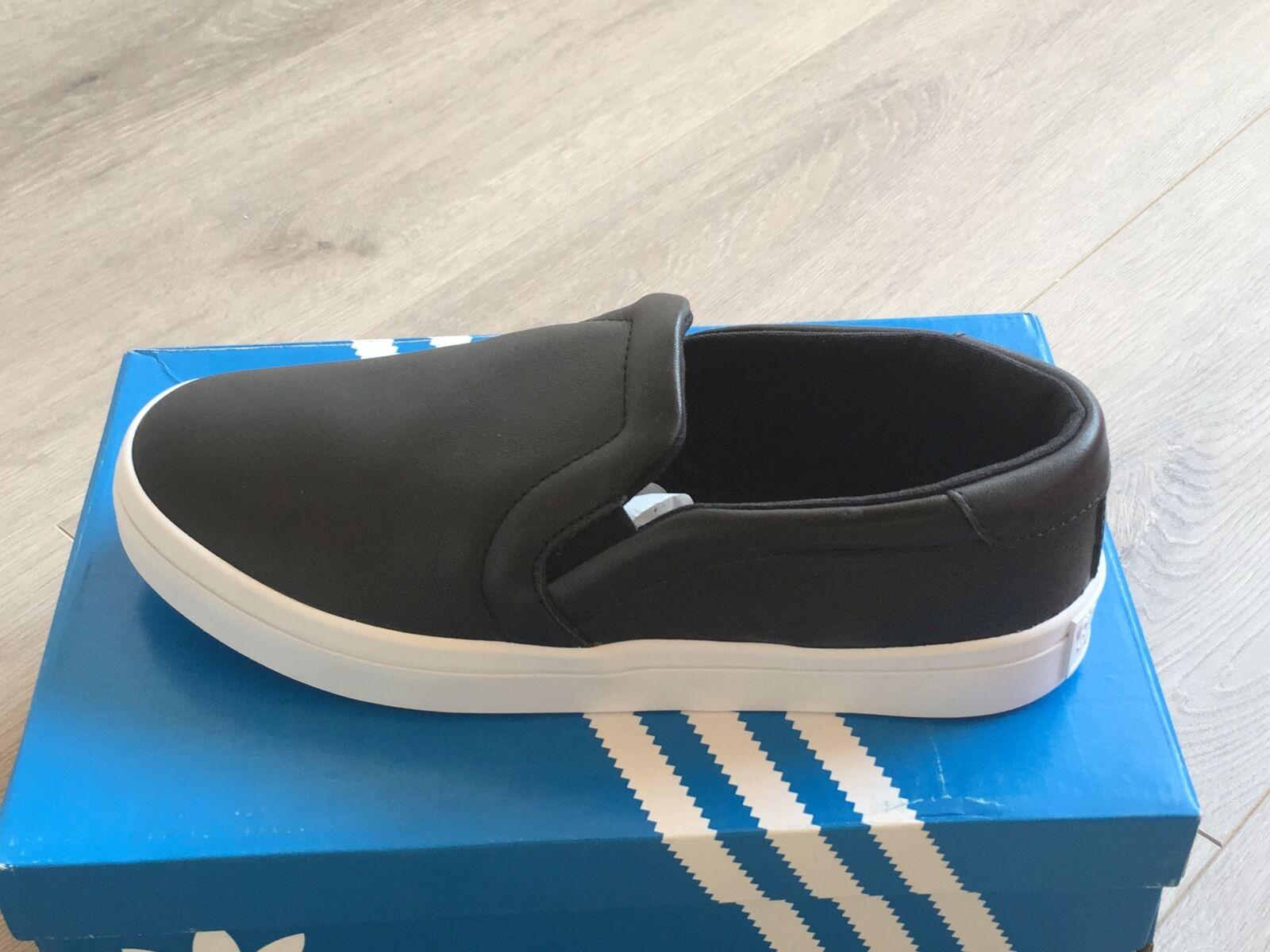 Adidas Courtvantage à Enfiler Noir Cuir Baskets Femme Mocassins Neuf S75167