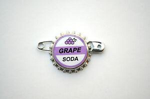 Disney-Pixar-Up-Grape-Soda-Bottle-Cap-Pin-Ellie-Badge-Wilderness-Explorer-favor