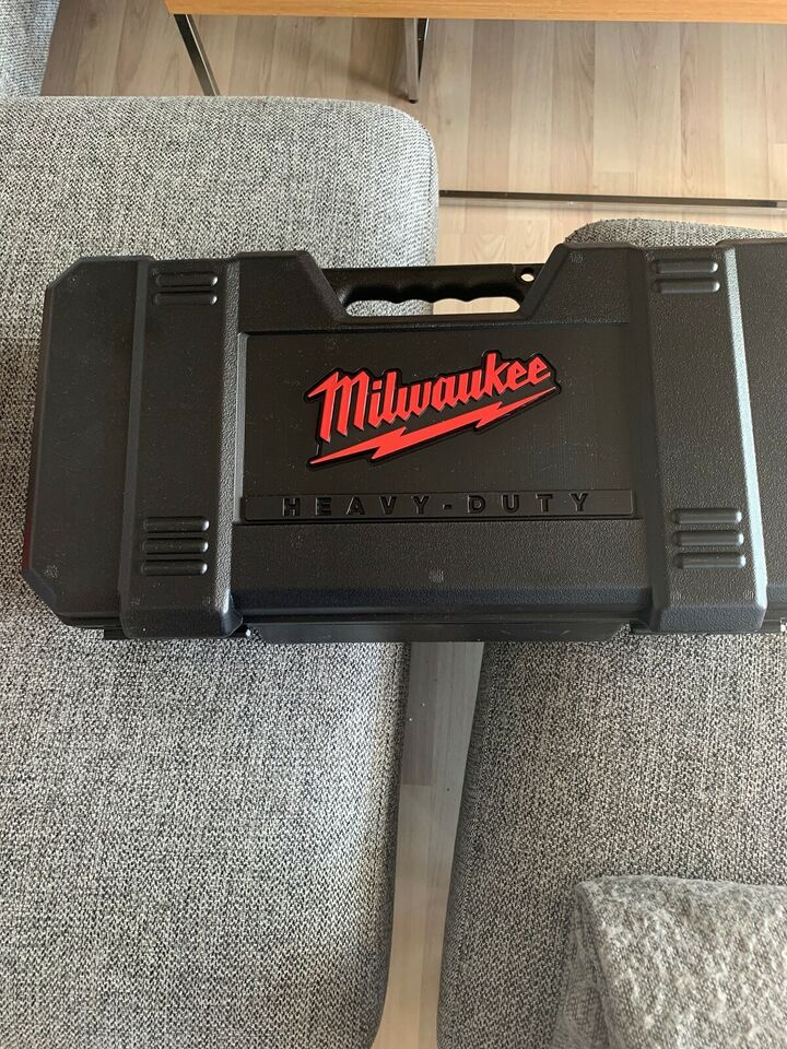 Milwaukee Bajonetsav SSPE1500X, Milwaukee Bajonetsav